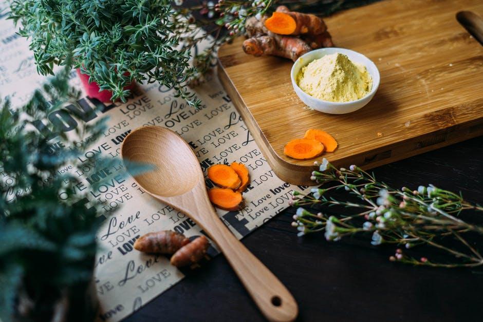 Plantele aromatice si condimentele sunt veritabile surse de antioxidanti, si se afla la indemana oricui isi doreste sa se reimprieteneasca cu SANATATEA!
